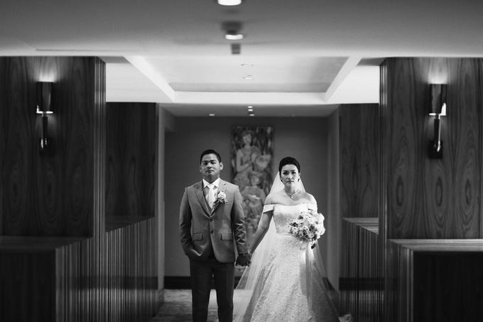 Hendric & Dian tying the knot by Hope Portraiture - 030