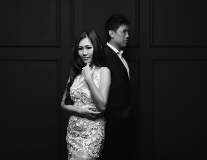 Andri & Marcella Engagement Session by Hope Portraiture - 001