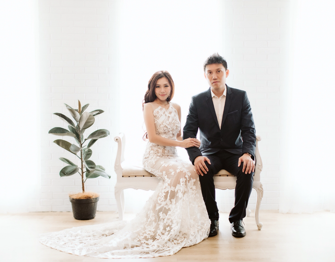 Andri & Marcella Engagement Session by Hope Portraiture - 004