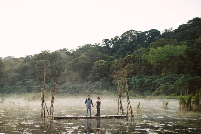 Hendric & Dian Engagement Session by Hope Portraiture - 001