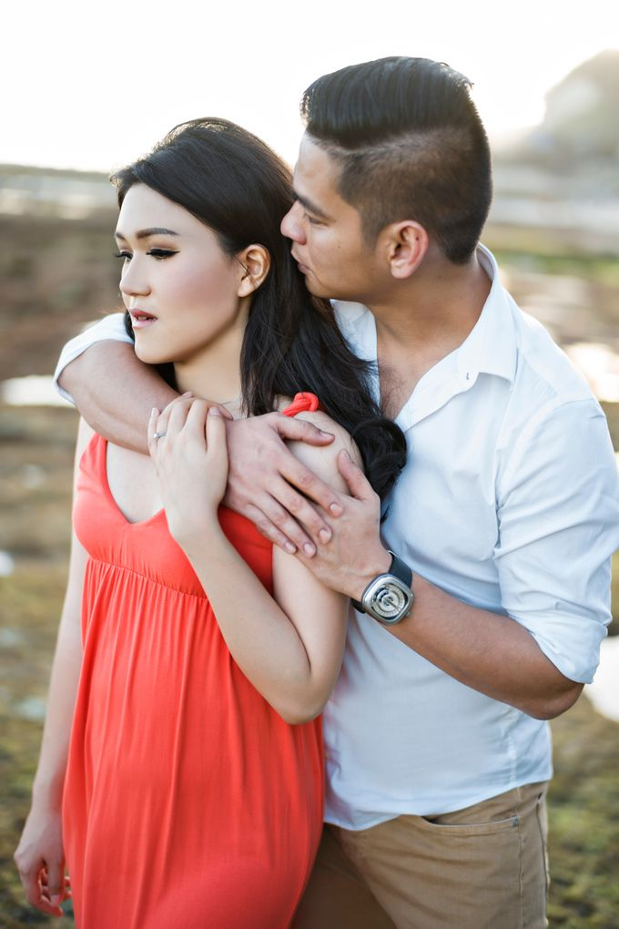 Hendric & Dian Engagement Session by Hope Portraiture - 021