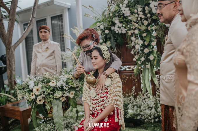 Traditional Ceremony Siraman Sarah by HR Team Wedding Group - 012