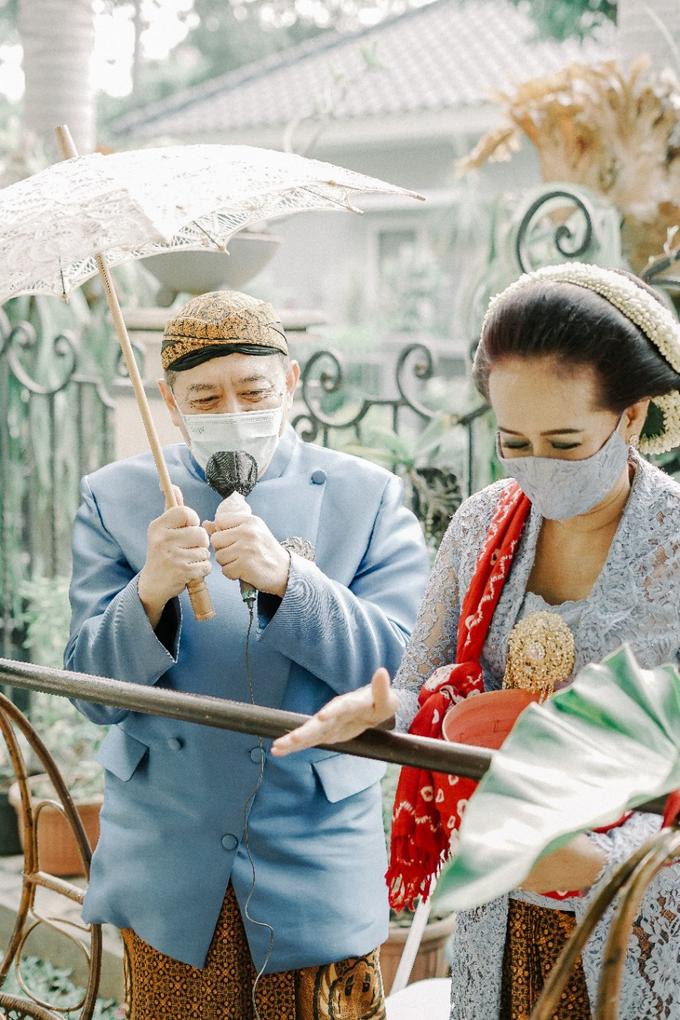 Traditional Ceremony Siraman Aditya by HR Team Wedding Group - 001