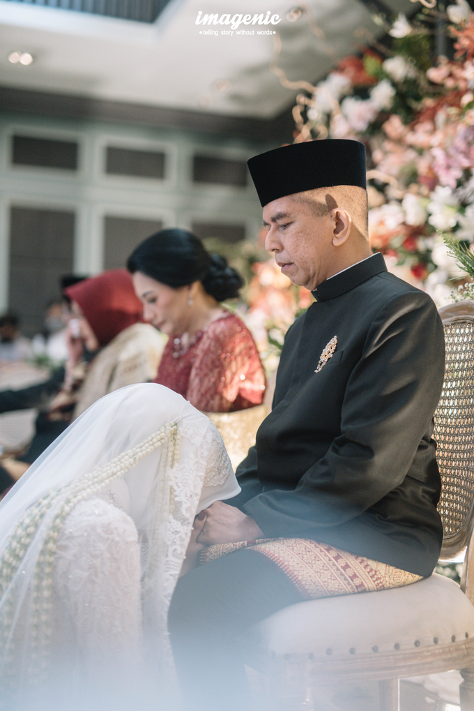 Akad Nikah New Normal Alya&fikri at the courtyard  by Nicca - 032