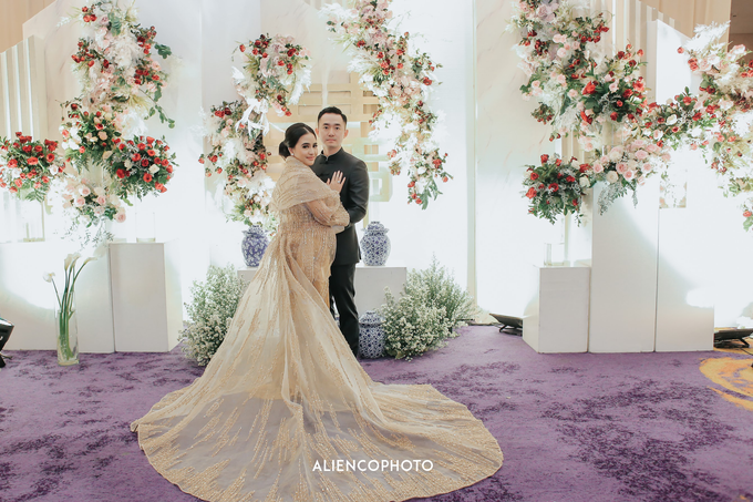 Wedding day Andre & Indri Hotel Raffles Jakarta by HR Team Wedding Group - 010