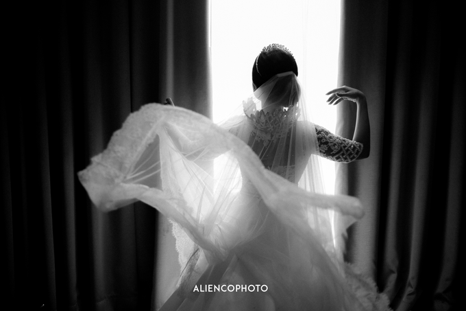 Wedding day Andre & Indri Hotel Raffles Jakarta by HR Team Wedding Group - 034