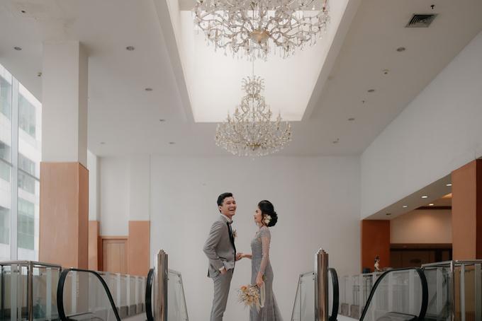 Intimate Wedding Adam & Intan at Hotel Grand Sahid  by HR Team Wedding Group - 007
