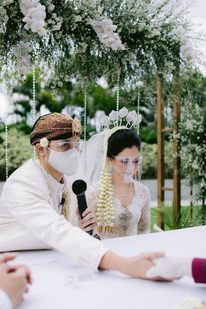 Intimate Wedding Karen & Sanni at Hotel Fairmont by HR Team Wedding Group - 020