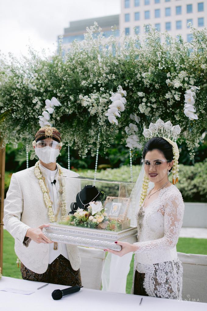 Intimate Wedding Karen & Sanni at Hotel Fairmont by HR Team Wedding Group - 022