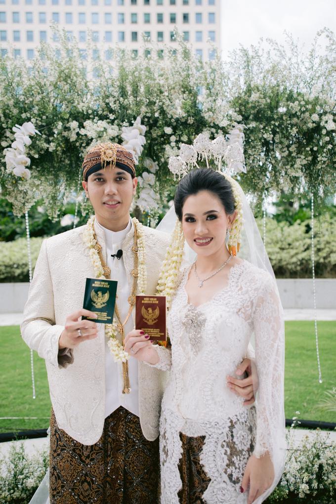 Intimate Wedding Karen & Sanni at Hotel Fairmont by HR Team Wedding Group - 023