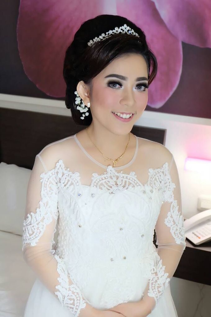 Hairdo Bride by Makeup And Hairdo By iis - 001