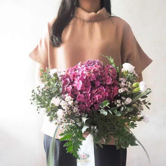 Pre-wedding Bouquets by Floral Treats - 005