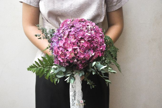 Pre-wedding Bouquets by Floral Treats - 004