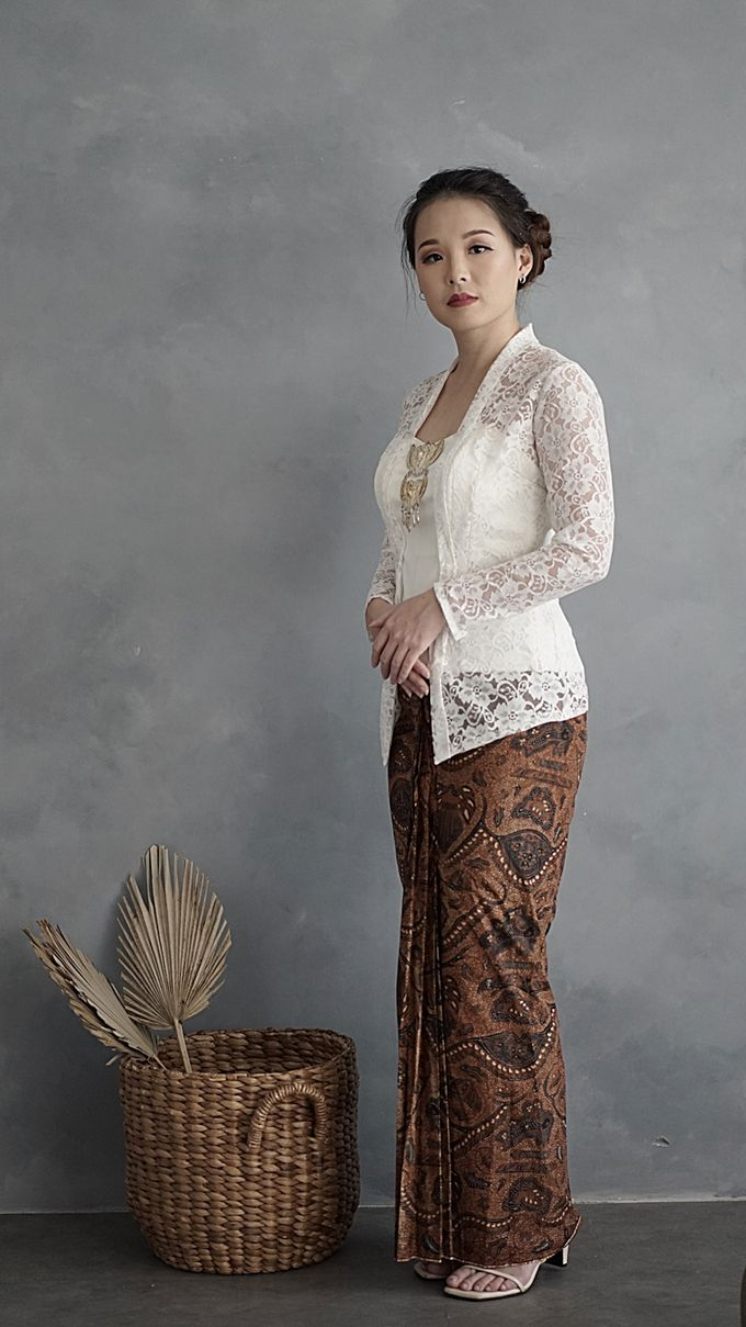 Kebaya (Top and Skirt) for Wedding or Formal Event by Le Clemmie by Amelia - 002