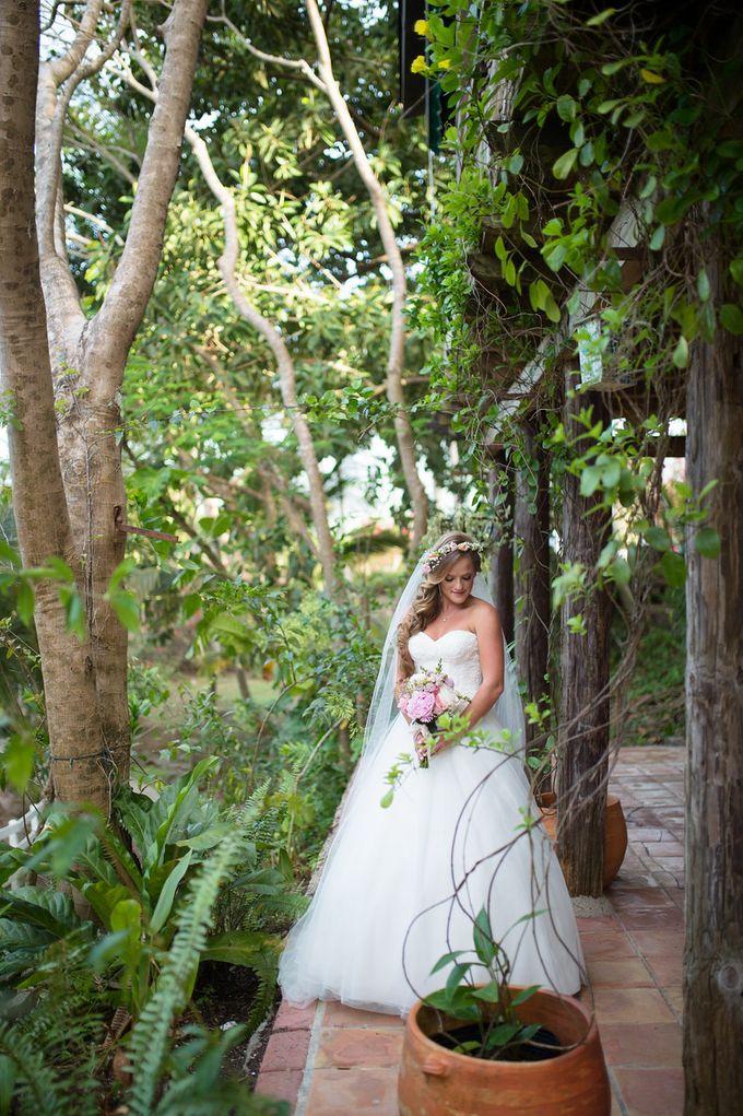 Hacienda Magical Wedding by Creating Weddings Group - 005