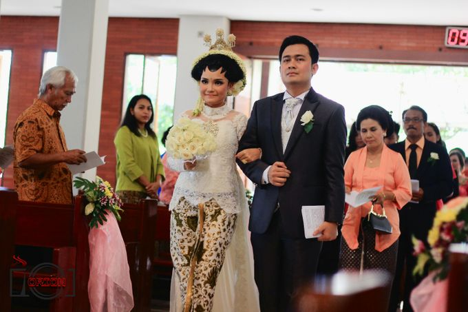 Monic + Dicky Wedding (Holy Matrimony) by Orion Art Production - 006