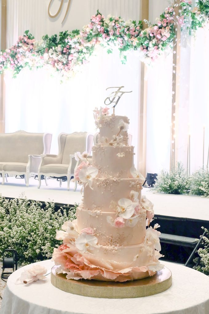 The Wedding of Jeremiah & Teresia by KAIA Cakes & Co. - 004