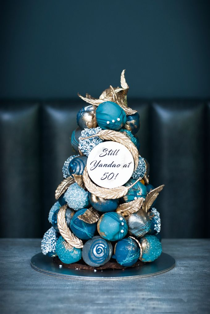 Wedding CROQUEMBOUCHE -Cream Puff Tower by Pulse Patisserie - 011