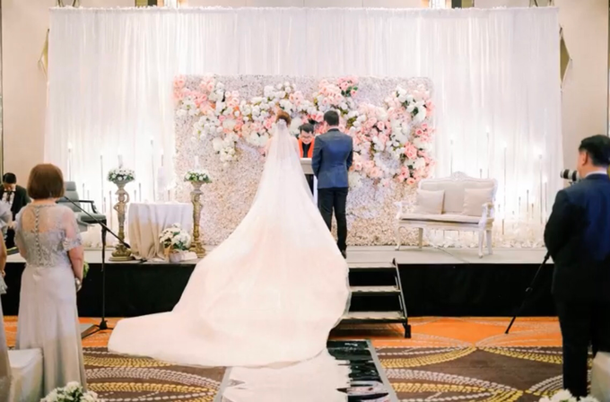 Elegant Chinese Wedding - Ian & Jill 01.18.2020 by Icona Elements Inc. ( an Events Company, Wedding Planning & Photography ) - 004