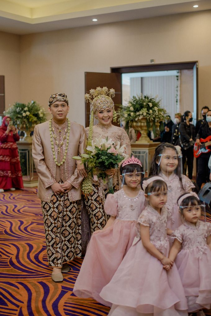 Tisa's Wedding Day by You And Me Organizer - 005