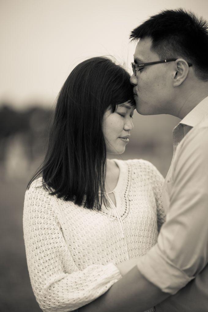 Couple Shoot At Marina Barrage by Gyver Chang Photography - 003