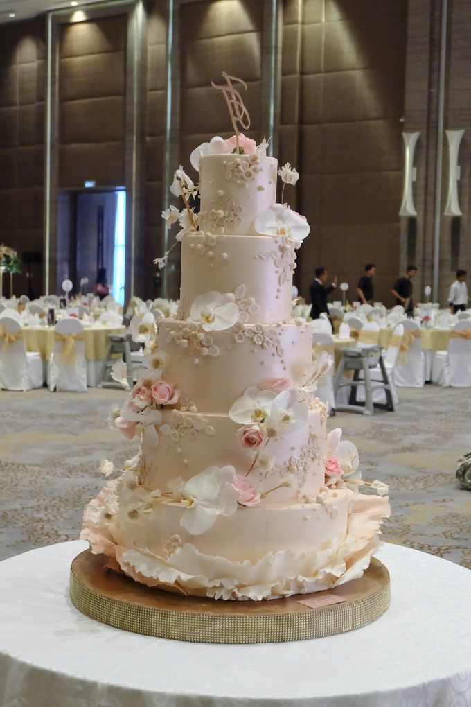 The Wedding of Jeremiah & Teresia by KAIA Cakes & Co. - 012