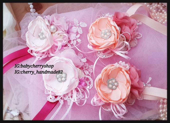 Hand Corsages by Cherry's  Handmade - 002