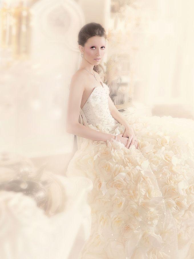 B. A Couture by Barli Asmara Couture - 004