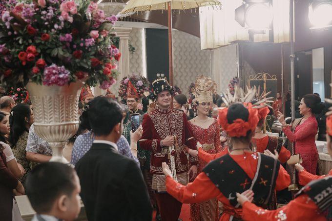 Pernikahan Adat Mandailing Ditary & Fadly by  Menara Mandiri by IKK Wedding (ex. Plaza Bapindo) - 007