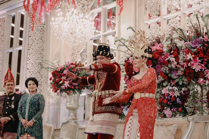 Pernikahan Adat Mandailing Ditary & Fadly by  Menara Mandiri by IKK Wedding (ex. Plaza Bapindo) - 004