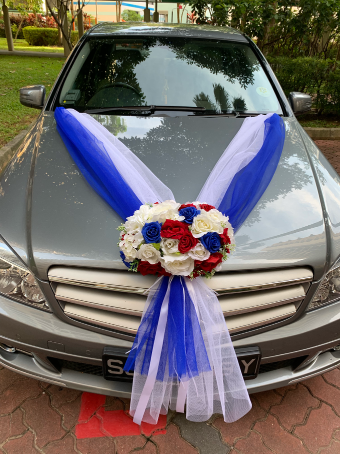 Royal blue and white bridal car by ilmare Wedding - 002