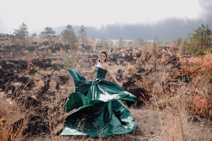 prewedding of Yenny Lonalgius by iLook ( Makeup & Couture ) - 002