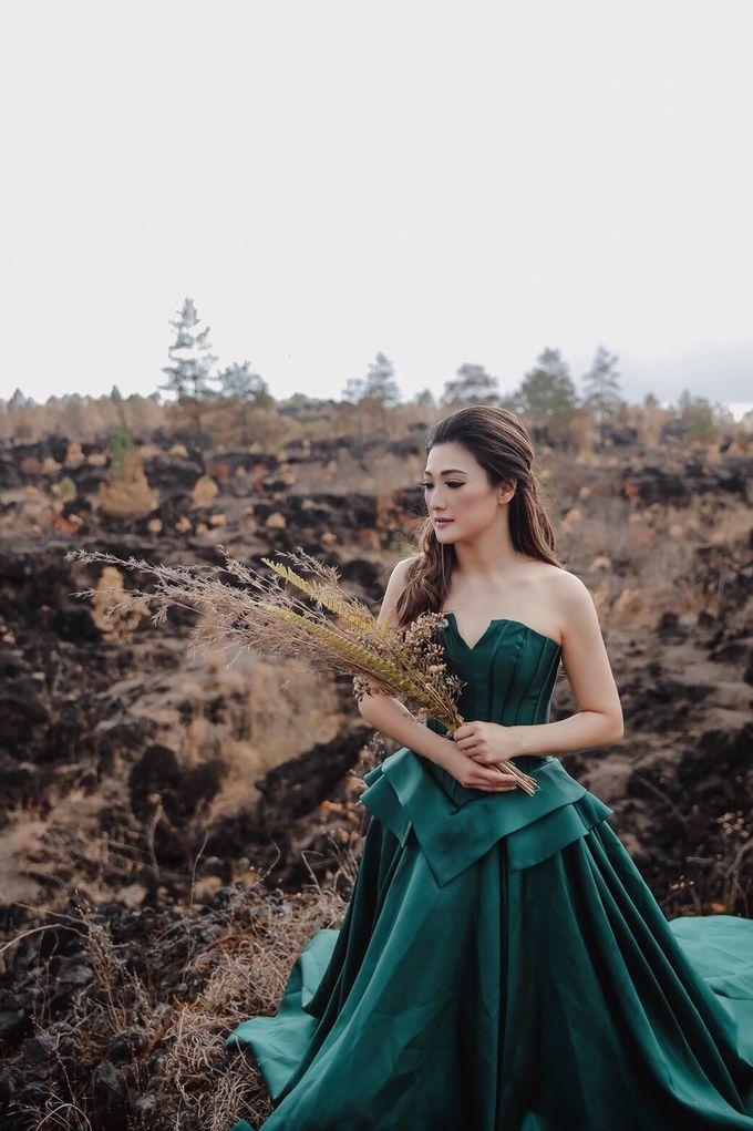 prewedding of Yenny Lonalgius by iLook ( Makeup & Couture ) - 003
