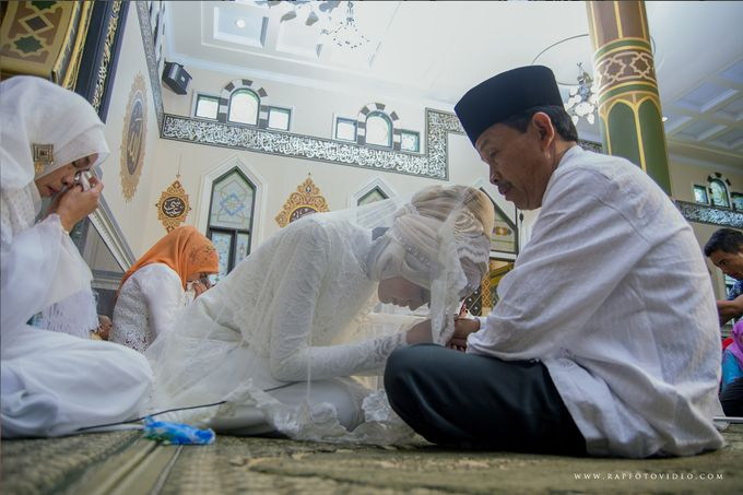 Niko + Lisa Kota Bukittinggi by RAP Wedding - 011