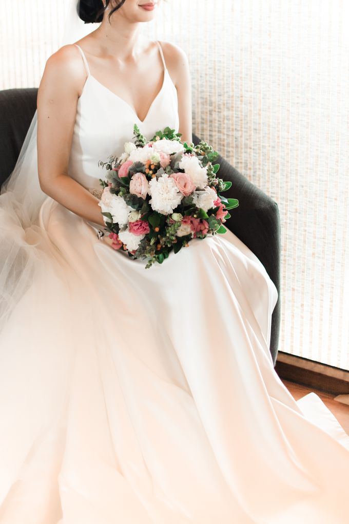 Modern & Minimalist Intimate Wedding Destination - Baguio City by Uncomplicated Weddings & Events - 013