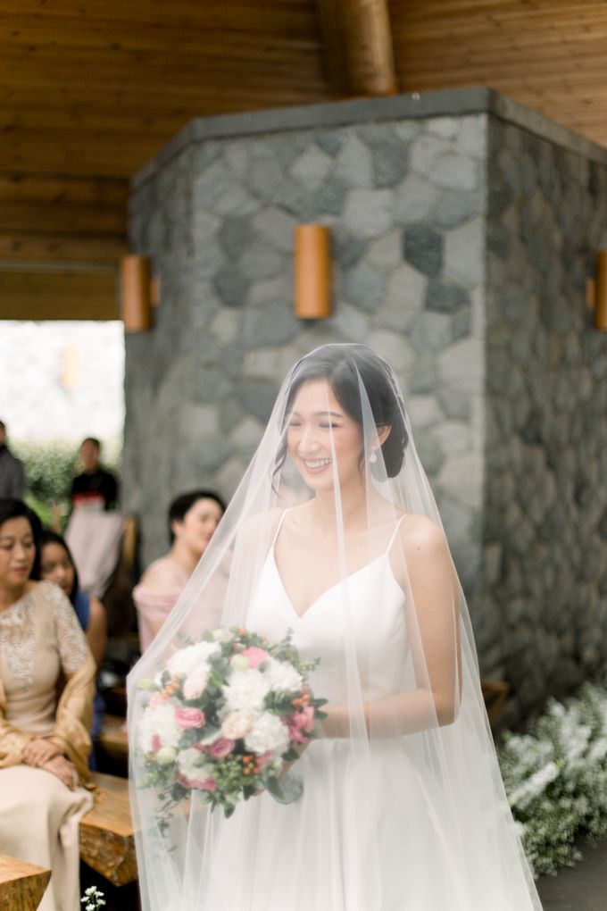 Modern & Minimalist Intimate Wedding Destination - Baguio City by Uncomplicated Weddings & Events - 024