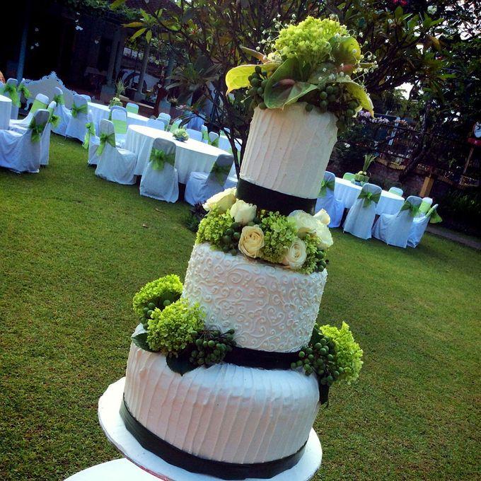Yamuna Wedding Cake by Yamuna Homemade Pastry & Dietary - 001