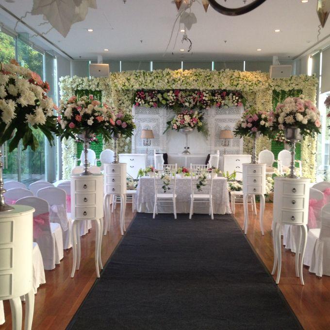 reception at Champaca Wedding Chapel by Padma Hotel Bandung - 011