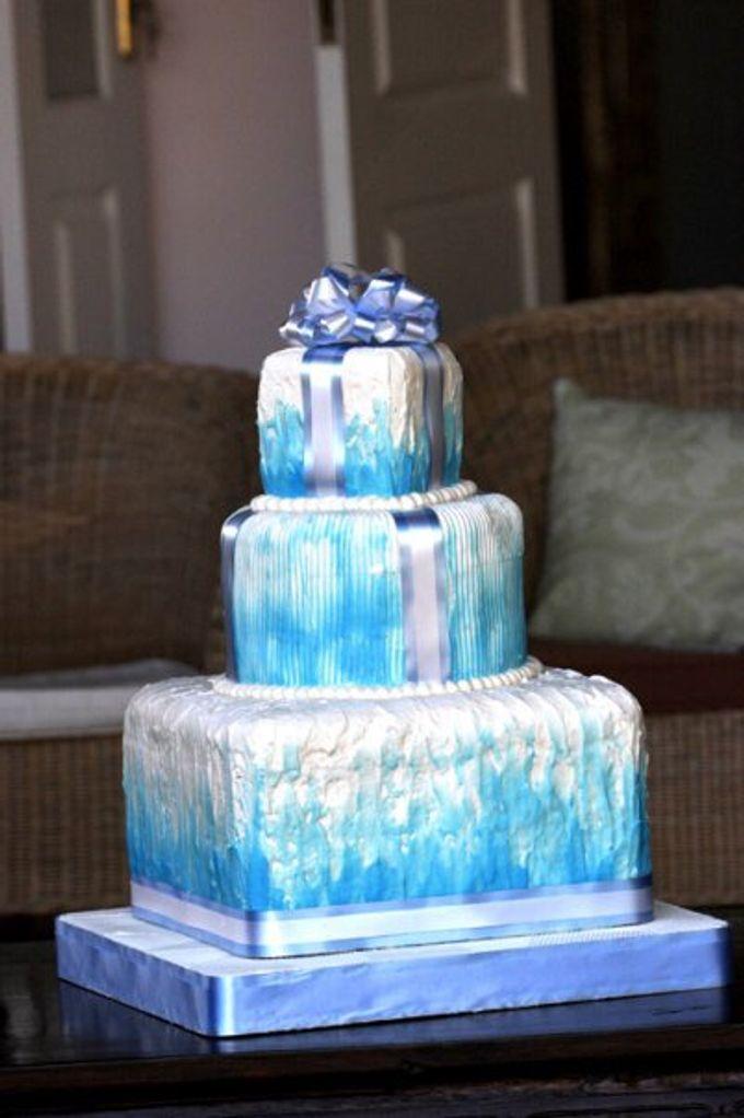 Yamuna Wedding Cake by Yamuna Homemade Pastry & Dietary - 009