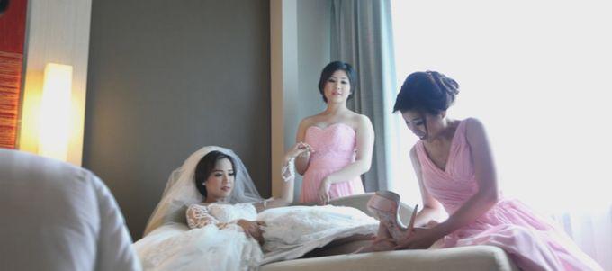 Grand Mercure Hotel - Iyan & Erry Wedding Day by Impressions Wedding Organizer - 002