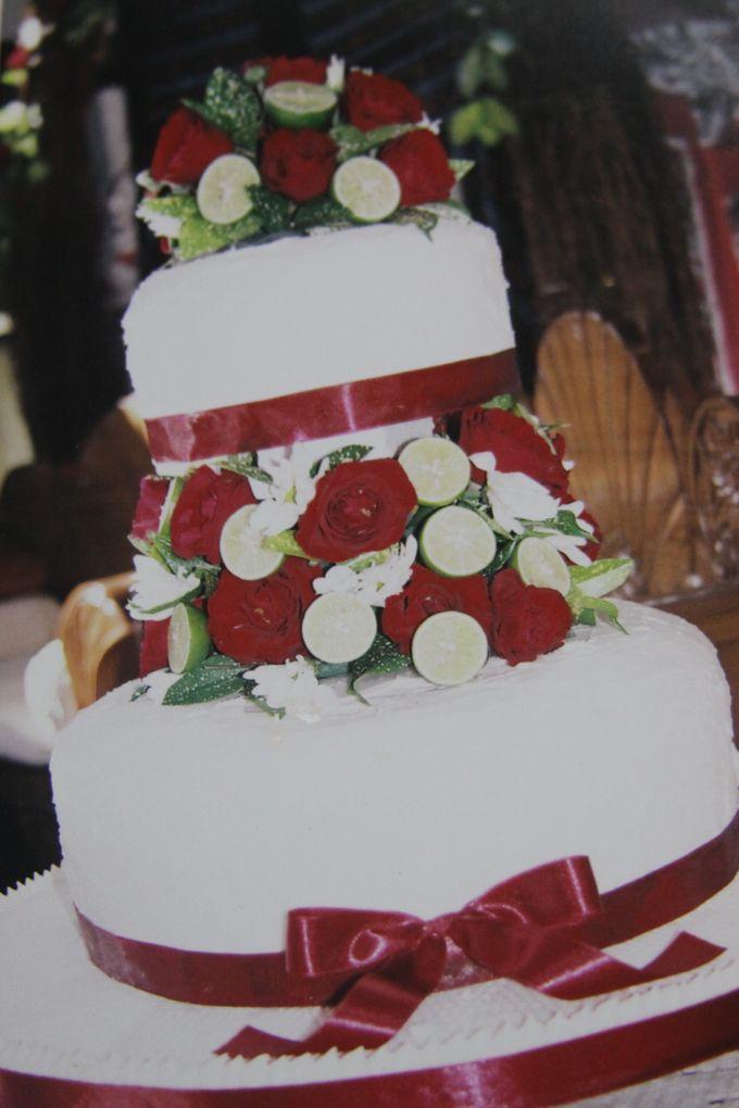 Yamuna Wedding Cake by Yamuna Homemade Pastry & Dietary - 010
