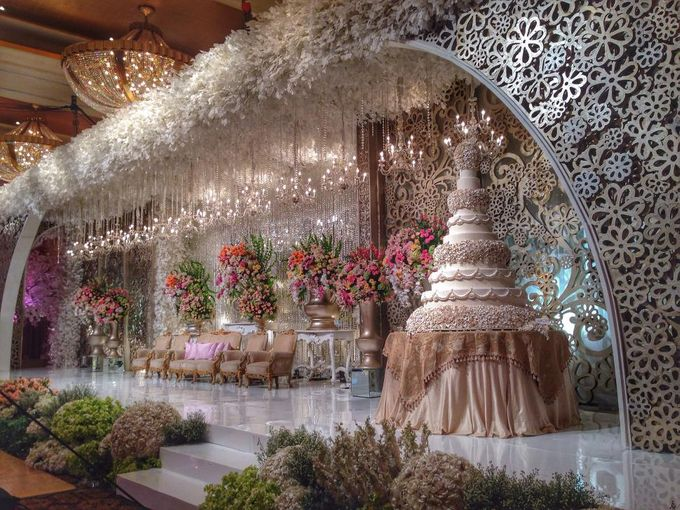 Wedding Reception Of Kevin Grace By Lumens Indonesia Bridestory