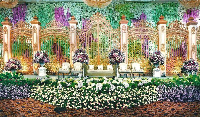 Wedding decoration hotel mulia by suryanto decoration bridestory add to board wedding decoration hotel mulia by suryanto decoration 003 junglespirit Gallery