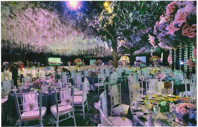Wedding decoration surabaya grand city by suryanto decoration add to board wedding decoration surabaya grand city by suryanto decoration 004 junglespirit Gallery