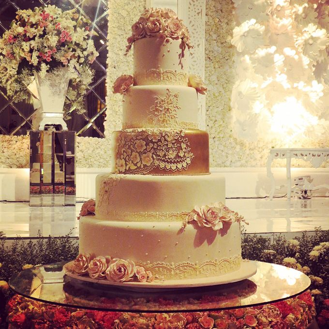 5 layers Wedding Cakes by LeNovelle Cake - 015