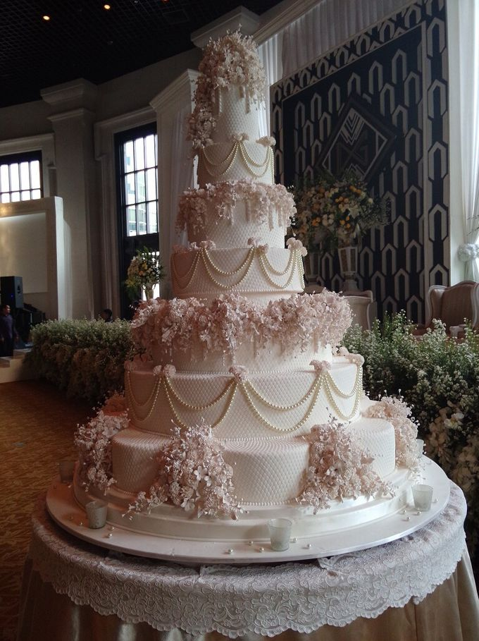7 tiers Wedding Cake by LeNovelle Cake - 017