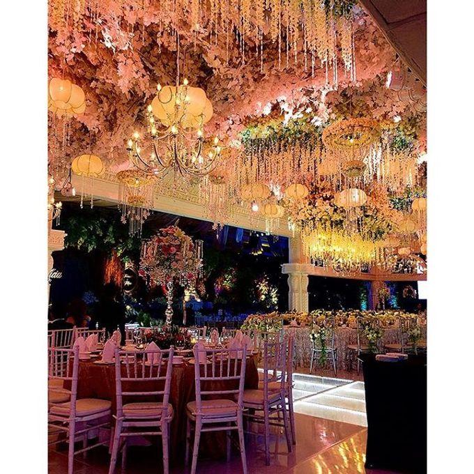 Wedding decoration at imperial ballroom pakuwon indah surabaya by add to board wedding decoration at imperial ballroom pakuwon indah surabaya by dawid daud decoration 002 junglespirit Choice Image
