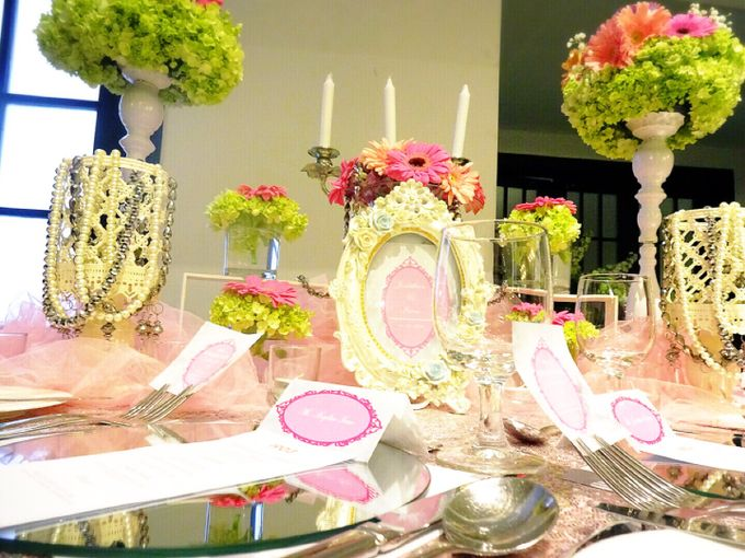 Feeling so pink by Valexis Table Design - 006
