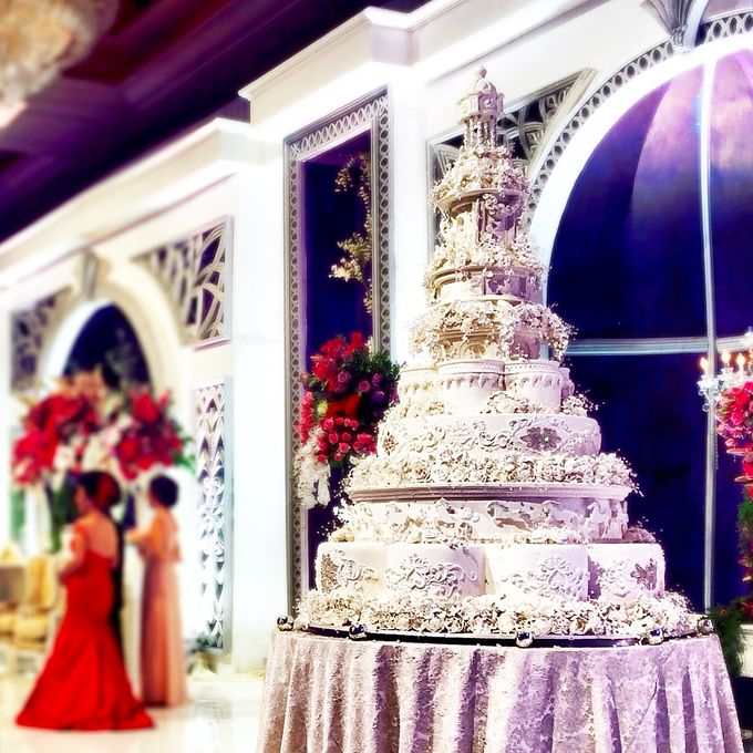 Masterpiece and Signature Wedding Cakes by LeNovelle Cake - 002