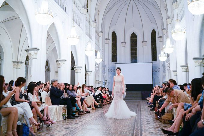 Fashion show at Chijmes by Rebecca Caroline - 009